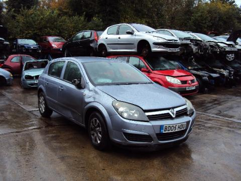 Breaking Vauxhall Astra 1.4 Twinport for spares #1