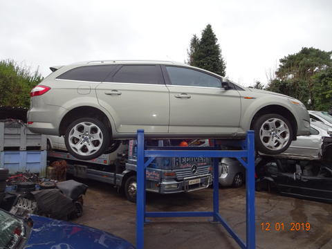 Breaking Ford Mondeo for spares #1
