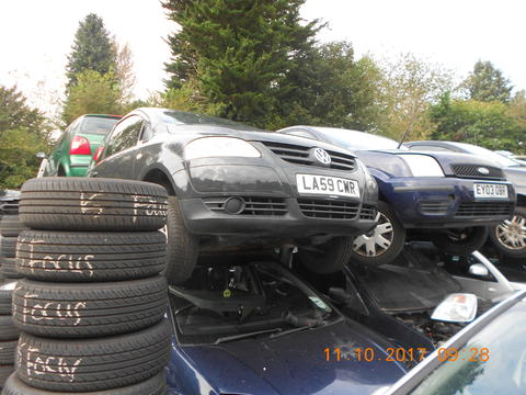 Breaking Volkswagen Fox for spares #2