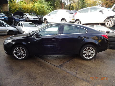 Breaking Vauxhall Insignia for spares #2
