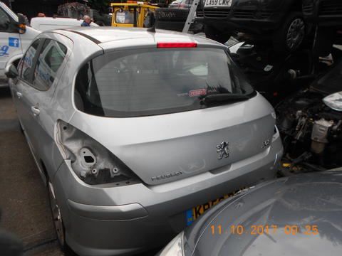 Breaking Peugeot 308 for spares #3